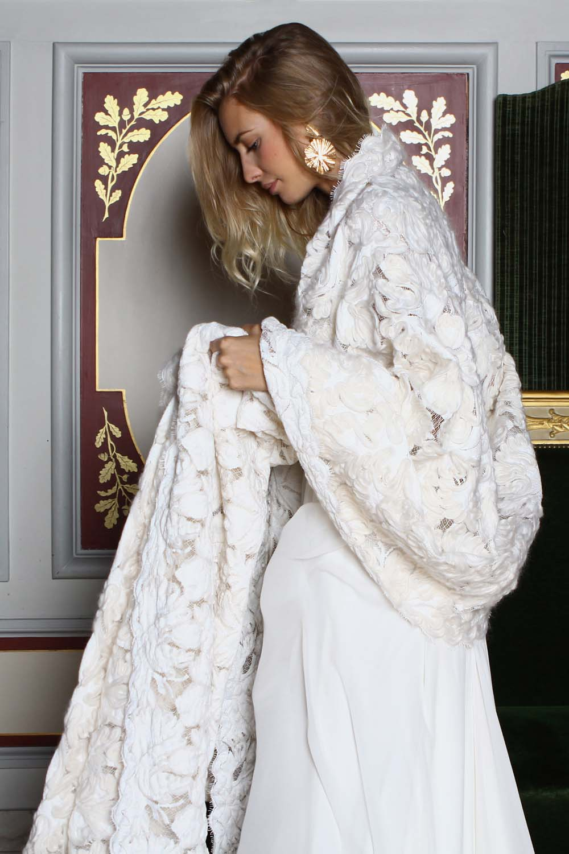Etole en laine robe de mariée hiver